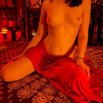 erotic massage in dubai Our masseuses